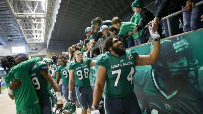UND announces home football kickoff times